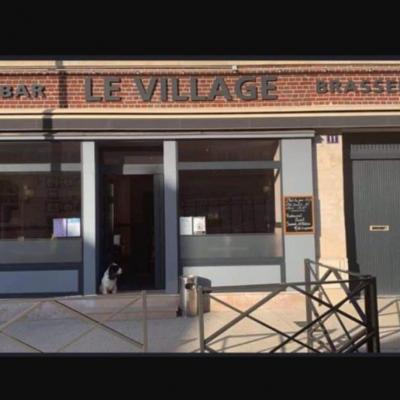 Bar Le village. Choisy au Bac